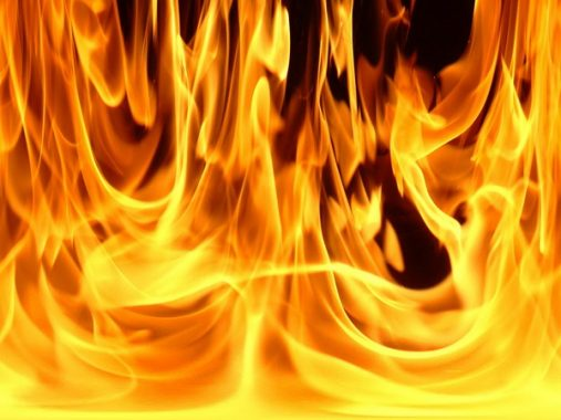 Nằm mơ thấy lửa báo hiệu điều gì cho bạn, đánh con gì chắc ăn nhất?