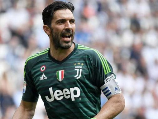 Tin bóng đá quốc tế 26/3 : Buffon tiếp tục ở lại Juventus