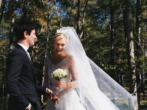 Mơ thấy váy cưới là vận đen hay đỏ? Đánh lô đề con gì phát tài?