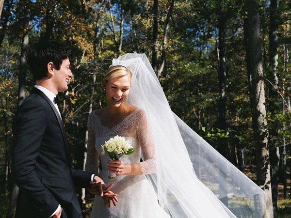 Mơ thấy váy cưới là vận đen hay đỏ?
