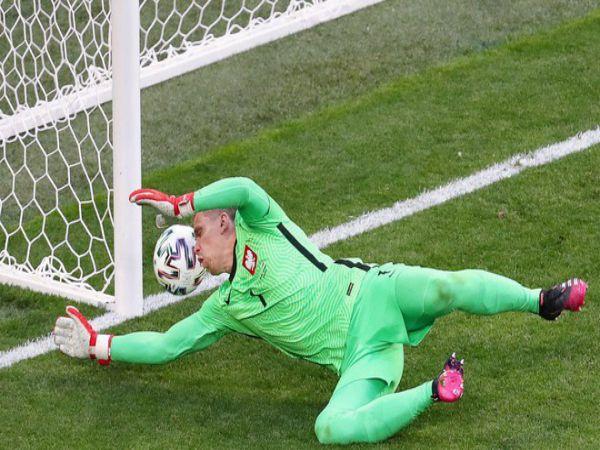 Bóng đá quốc tế trưa 15/6: Đồng đội Ronaldo lập kỷ lục đáng quên